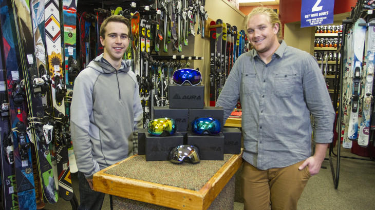 U student startup Aura Optics innovates snowboard goggles.